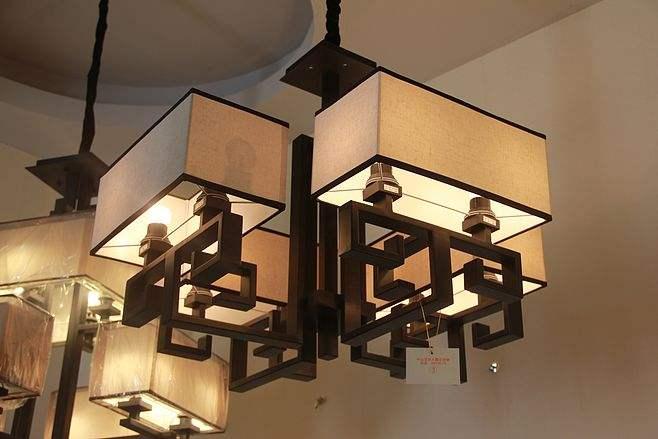 家中会用到很多灯具,了解一下再进行室内装修